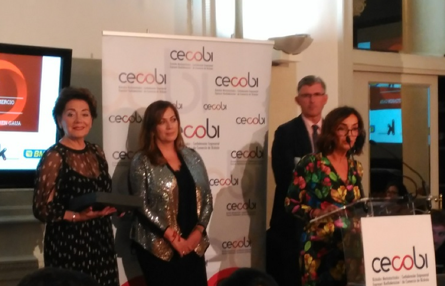 Cecobi reconoce la trayectoria profesional de varios comerciantes de Bizkaia